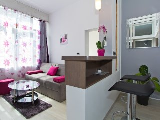 Radiant Orchid design apartment - Porec vacation rentals
