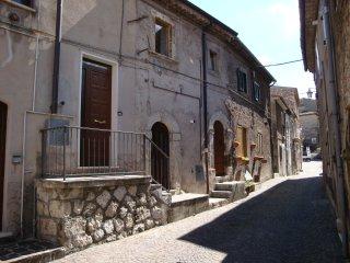 2 bedroom House with Television in Villalago - Villalago vacation rentals