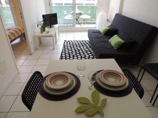 T2 40m2 - Centre Ville Castellane Terrasse&Parking - Marseille vacation rentals