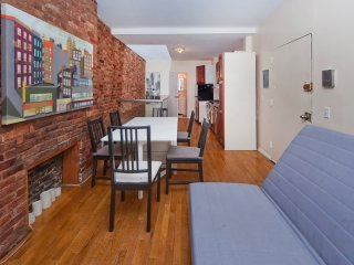 Gorgeous Duplex 2 bed/1.5 bath prim location - New York City vacation rentals