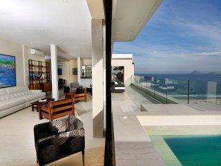 Rio008 - Luxury Penthouse in Copacabana Beach - Rio de Janeiro vacation rentals