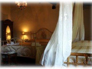 Casa al Castello Tuscan Life in Village setting - Vicopisano vacation rentals