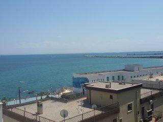 Appartamento per brevi periodi fronte mare - Manfredonia vacation rentals