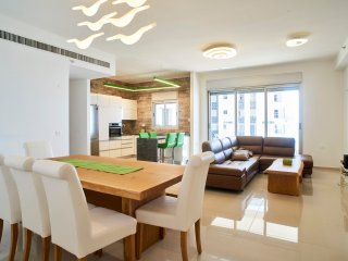 Luxurious 21st Floor Beachfront Apartment - Netanya vacation rentals