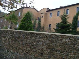 Monastero delle Benedettine di S. Maria a Ripa - Montecatini Alto vacation rentals