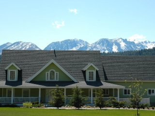 New in Flipkey!  Alpenglow Retreat in Leavenworth - Leavenworth vacation rentals