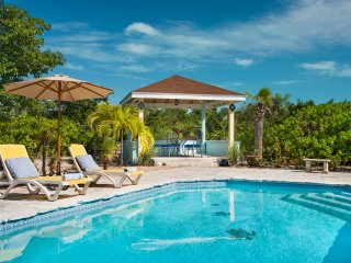 Romantic cottage 3 mins from stunning Grace Bay beach. - Providenciales vacation rentals