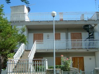 Apartment in Yellow Shade -  Air Condition and Washing Mashine - Montalto di Castro vacation rentals