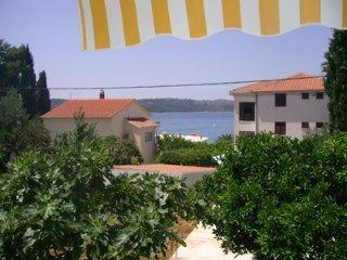 One bedroom Apartment - Okrug Gornji vacation rentals