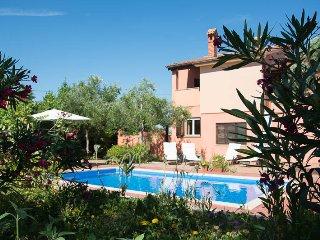 Perfect 3 bedroom Villa in Liznjan with Television - Liznjan vacation rentals