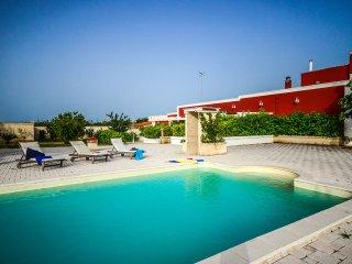 Maiorana - apartment in farmhouse with pool - Polignano a Mare vacation rentals
