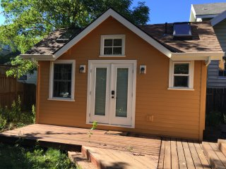 Romantic Garden Cottage in beautiful, walkable SE! - Portland vacation rentals