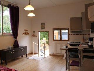 Cozy Ensues-la-Redonne Studio rental with Television - Ensues-la-Redonne vacation rentals