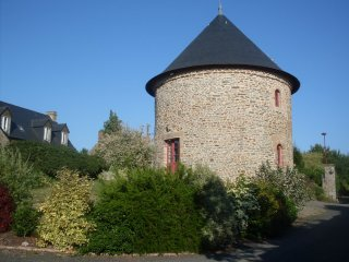Nice Tower with Internet Access and Wireless Internet - Servon vacation rentals