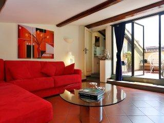 Arte della Lana beautiful terrace - Florence vacation rentals