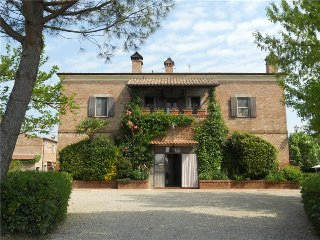 Le Manzinaie - Charming Apartment with Pool - Montepulciano vacation rentals