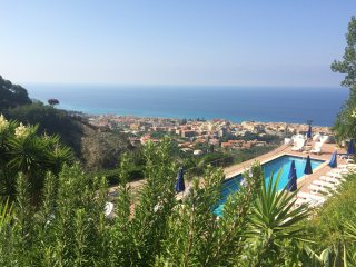 Holiday Home with swimming pool, 4 km from Tropea - Tropea vacation rentals
