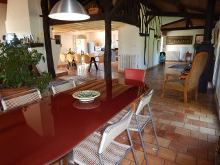 Nice House with Internet Access and Dishwasher - Saint-Antoine-Sur-L'Isle vacation rentals