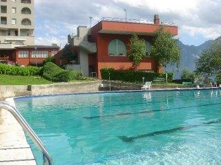 Lago di Como, appartamento con piscina - Valbrona vacation rentals