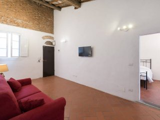 Prestige House Arno River WIFI - Florence vacation rentals