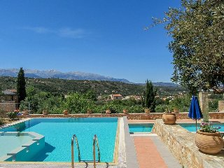 Beautiful 4 bedroom Asteri Villa with Internet Access - Asteri vacation rentals
