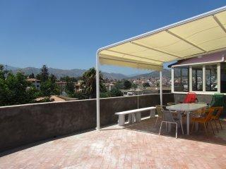 Seafront 2-bedrooms apartment Views over sea&Etna! - Giardini Naxos vacation rentals