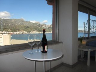 Seafront superior 1-bedroom apartment, best views - Giardini Naxos vacation rentals