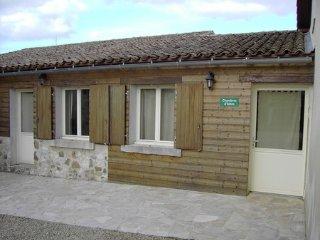 chambre d'hôte à la campagne - Saint-Germier vacation rentals
