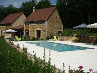 CHAMBRES D HÔTES LES DEUX MOISELLES PROCHE SARLAT - Montignac vacation rentals