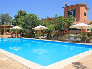 Large Country Villa Due Querce with Pool near Rome - Poggio Catino vacation rentals