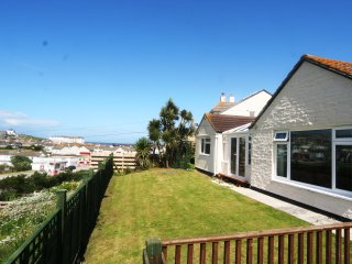 Safari - contemporary bungalow 10 mins from beach - Perranporth vacation rentals