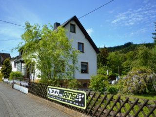 Beautiful Bed and Breakfast with Housekeeping Included and Television - Adenau vacation rentals