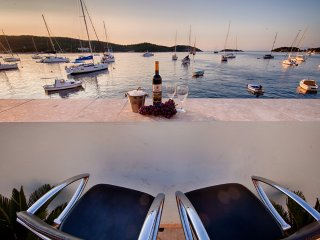 Seaside studio apartments for rent, Vis island - Vis vacation rentals