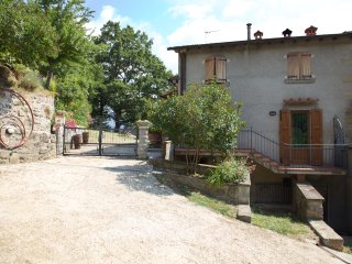 Farmhouse with pool in the Tuscany countryside - Stia vacation rentals