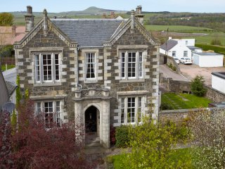 Period home central for golf Holiday - Glenrothes vacation rentals