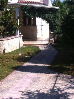 Bright 2 bedroom Manfredonia Villa with A/C - Manfredonia vacation rentals