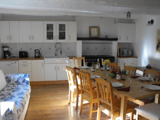 Comfortable 4 bedroom Josselin House with Internet Access - Josselin vacation rentals