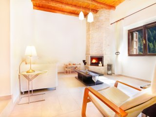 Villa Zourva large apartment-one bedroom - Platanias vacation rentals