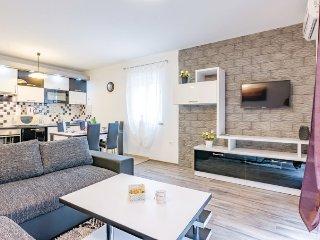 Apartment Casa Pudarica 2 - Rovinjsko Selo vacation rentals
