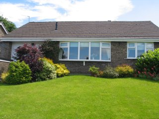 Beautifully appointed detached 2 bedroom bungalow - Disley vacation rentals