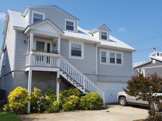Sound Front Beach House with Breathtaking View!! - Morehead City vacation rentals