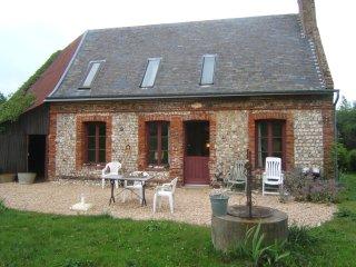 entre Fécamp et Etretat, petite maison grand jardi - Vattetot-sur-Mer vacation rentals