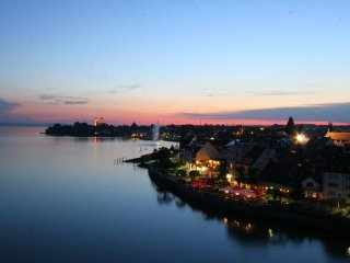 Vacation Apartment in Friedrichshafen - 840 sqft, central, comfortable, bright (# 9786) - Friedrichshafen vacation rentals