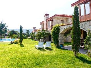 Cozy Stone Villa in Surf Paradise Alacati, Cesme - Alacati vacation rentals