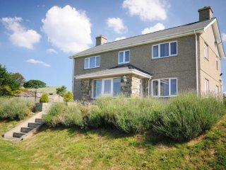 Luxury 5-Star Farmhouse nr Pwllheli & Criccieth - Chwilog vacation rentals