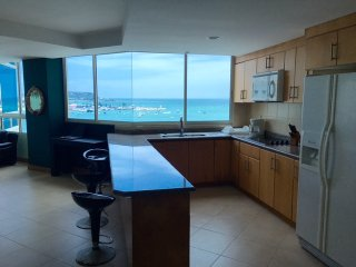 Malecon Vacation Rental in Alamar Ocean front - Salinas vacation rentals
