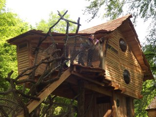 Cozy 2 bedroom Tree house in Monthermé with Balcony - Monthermé vacation rentals