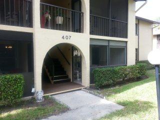 Bright Condo with Internet Access and A/C - West Palm Beach vacation rentals
