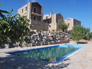 Traditional maisonette for 4-5 persons - Krouson vacation rentals