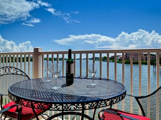 Captain's Cove 102 Waterfront vacation condo - Indian Shores vacation rentals